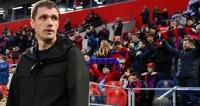 Главный тренер ЦСКА высказался нецензурно в адрес арбитра, за что будет наказан