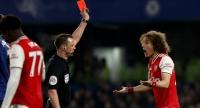 За кашель на соперника футболистам в Англии будут давать красную карточку