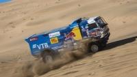 На ралли «Дакар» 2 этапа подряд первым к финишу приходит пилот «КамАЗ-мастер»