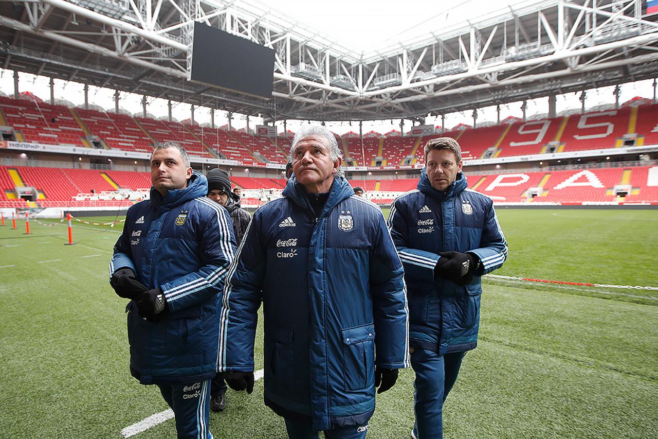 Мутко считает, что ближайшие матчи сборной Российской Федерации  добавят уверенности команде