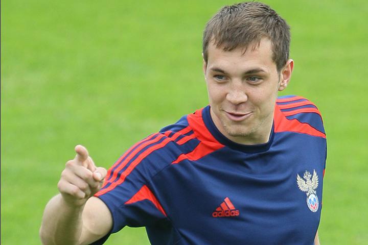 Артём Дзюба: поподкалываем Нойштедтера, узнаем, хотел ли он за сборную Украины играть