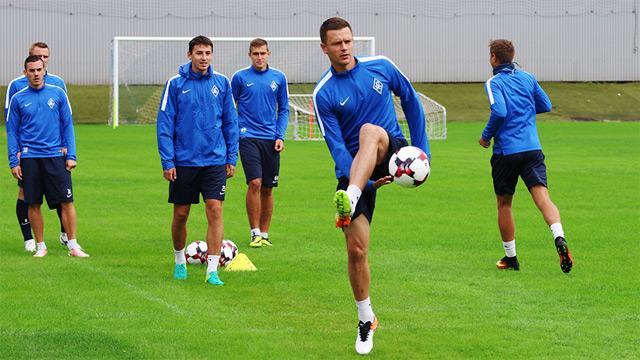 Вобщей группе «Крыльев Советов» тренируется экс-футболист киевского «Динамо»